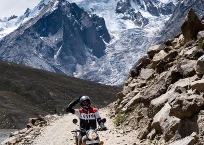 kunzum-pass-spiti-valley-royal-enfield