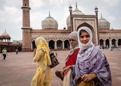 women-jama-masjid