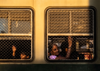 People in the train - Delhi