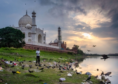 taj-mahal-pollution-india
