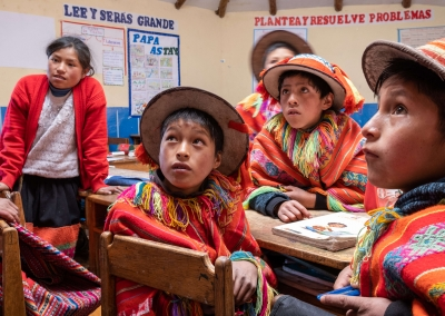 Kids-at-school-in-lares-peru