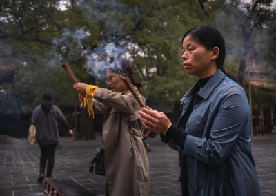 prayers-yonghegong-beijing
