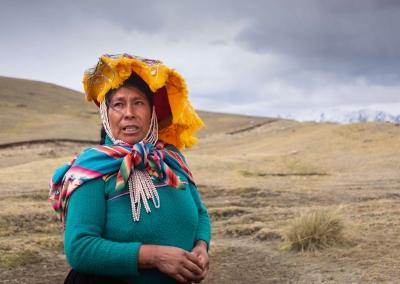 quechua-woman-ausangate-upis