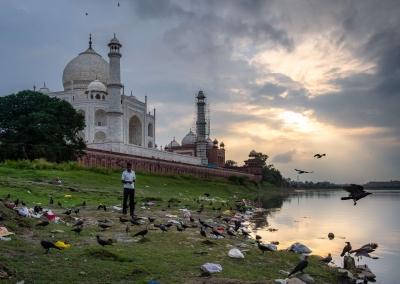 taj-mahal-pollution-india