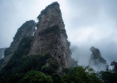 Zhangjiajie huge peaks