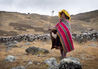 quechua-woman-region-ausangate