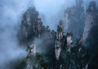 tianzi-peaks-zhangjiajie