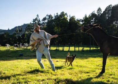 vaquero-con-su-caballo