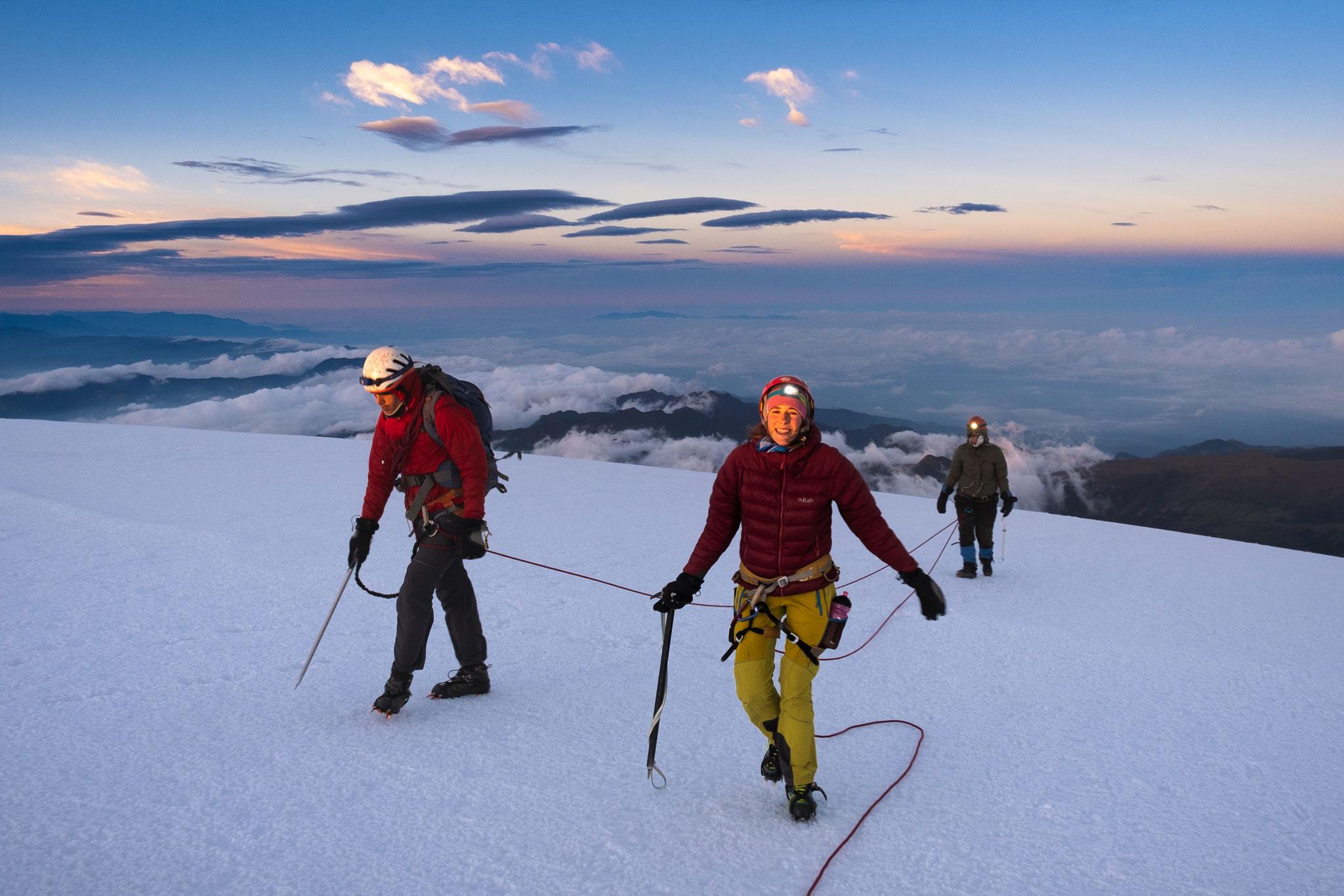 culmbre-del-tolima-volcan-parque-de-los-nevados