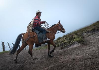 vaquero-con-caballo-parque-de-los-nevados