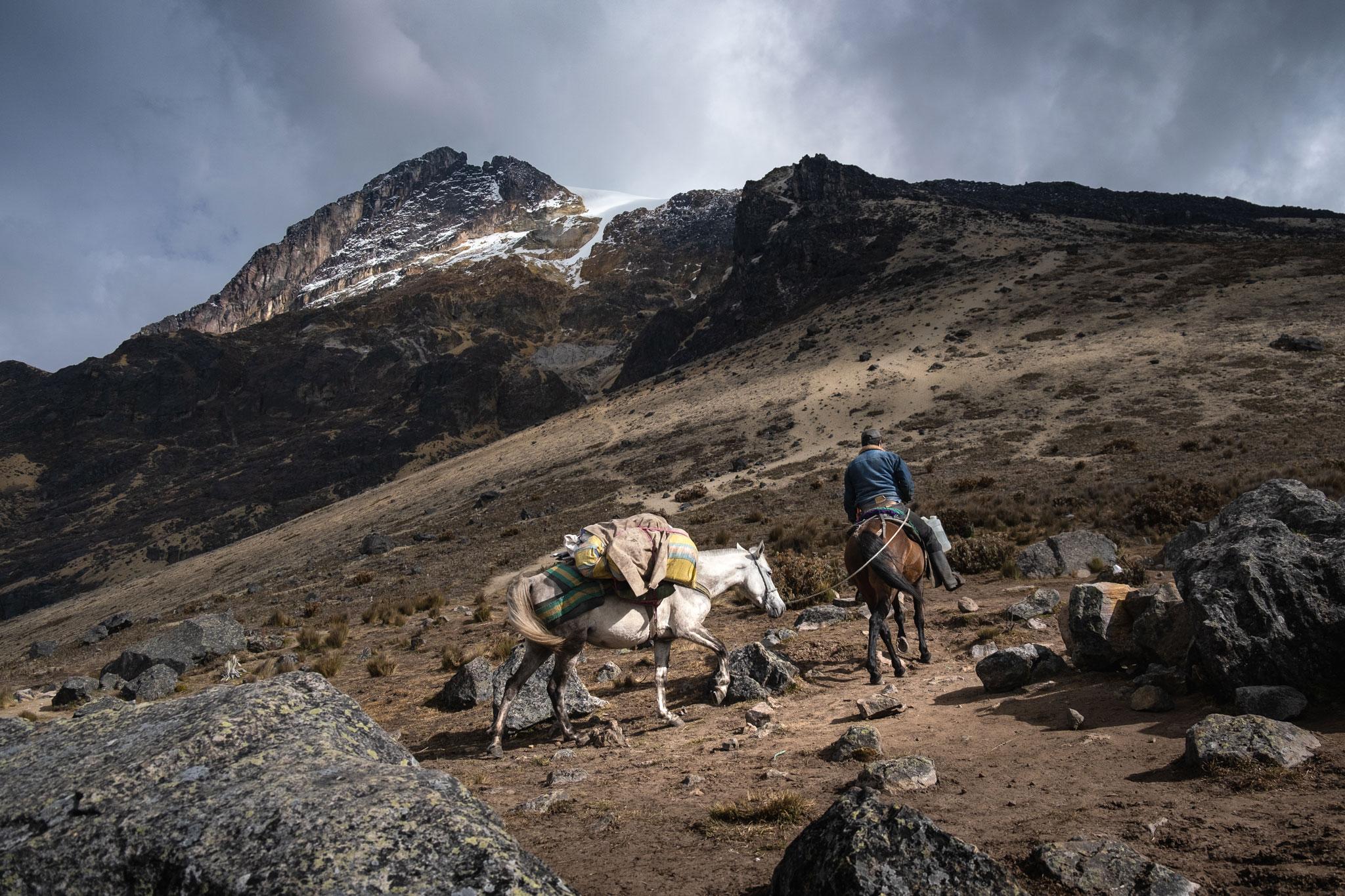 vaquero-volcan-tolima-parque-de-los-nevados