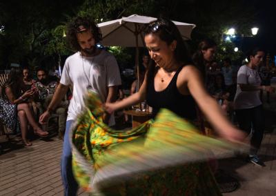 cumbia-tradicional-colombia-mompox-dancers