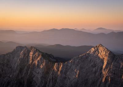 sunrise-triglav-kredarica-dom