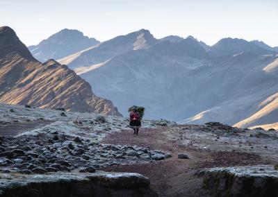 traditional-life-quechua-ausangate-peru