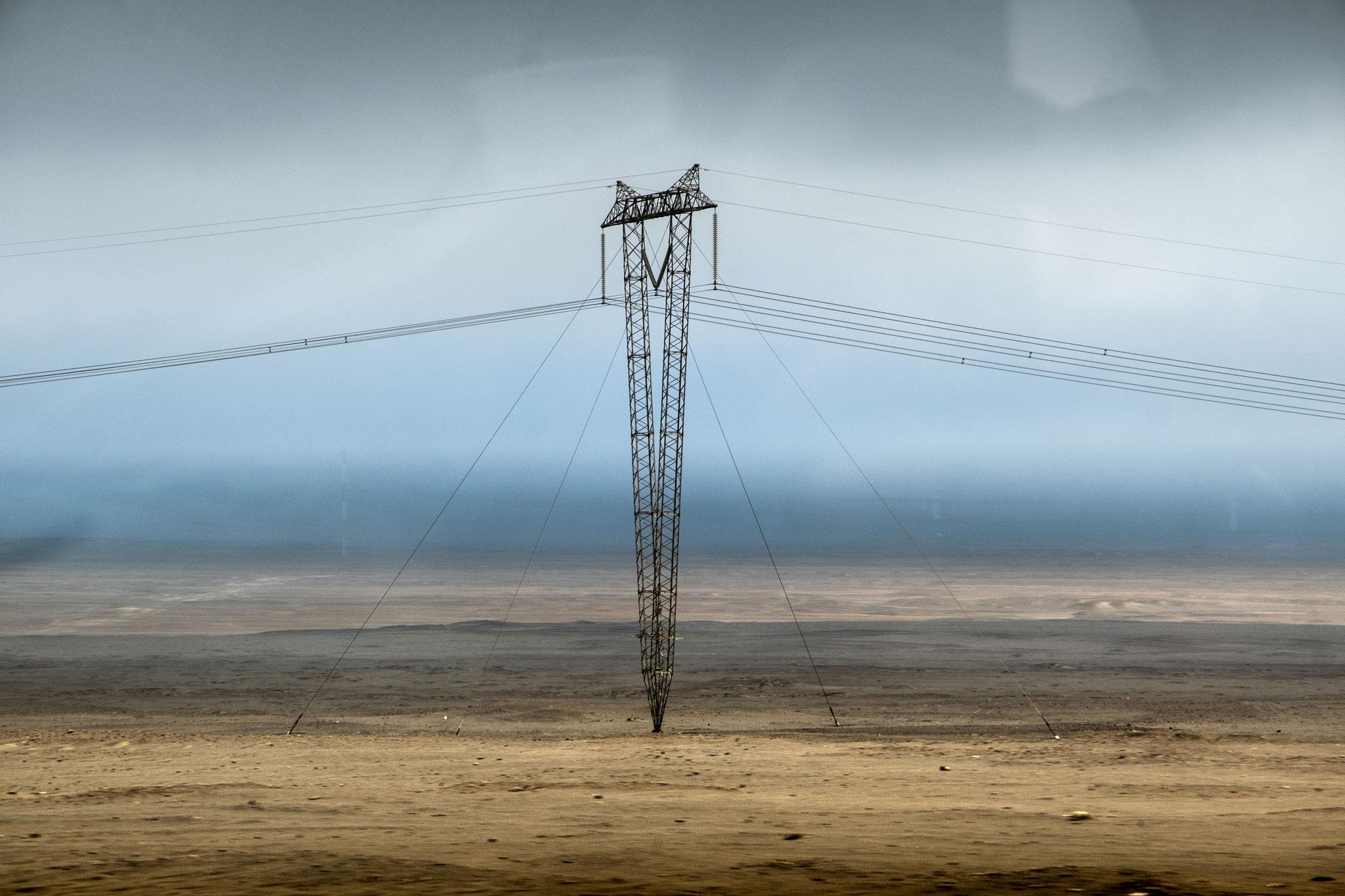electric-pole-panamericana-peru