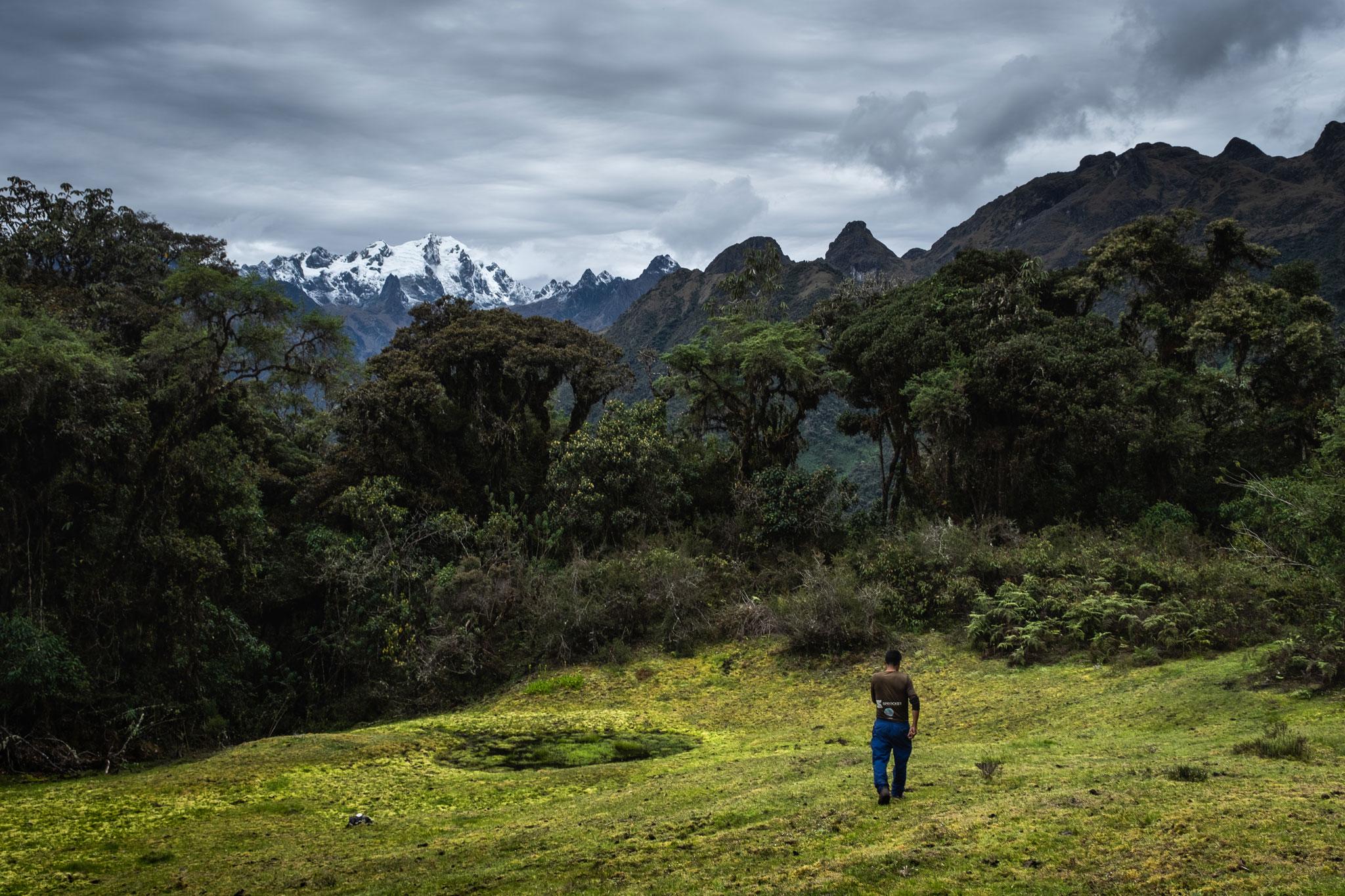 exploring-with-cesar-llaqtapata-peru