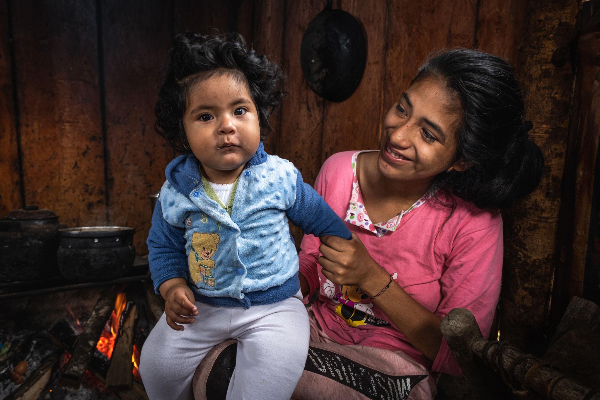 gabriela-proud-of-her-baby-llaqtapata-peru