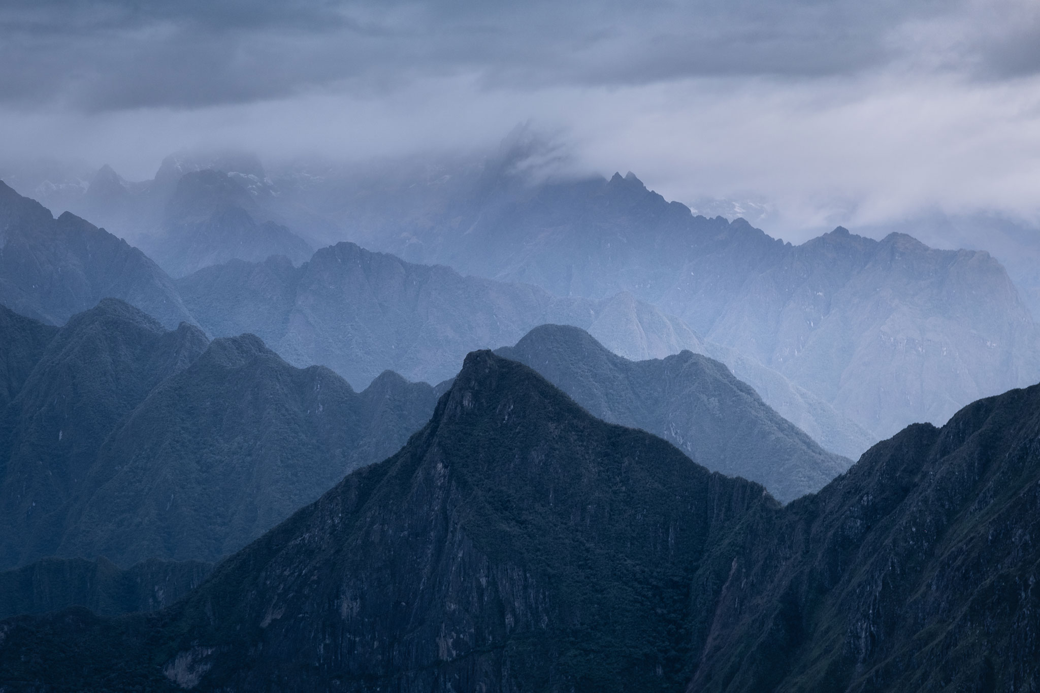 mountains-of-peru-llaqtapata-cusco